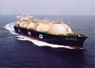ships-tankers-2-lng